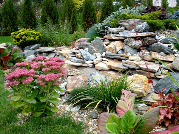 Камни для ландшафтного дизайна загородного участка